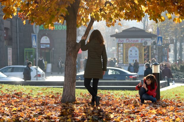 Погода на 19 жовтня: осіння казка подарує українцям незабутні вихідні