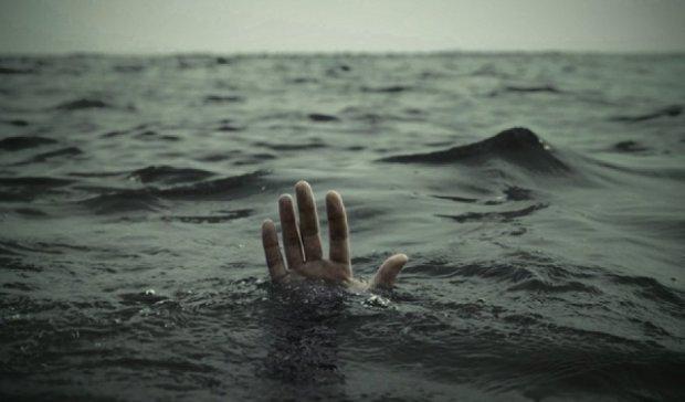 На київському пляжі потонув чоловік