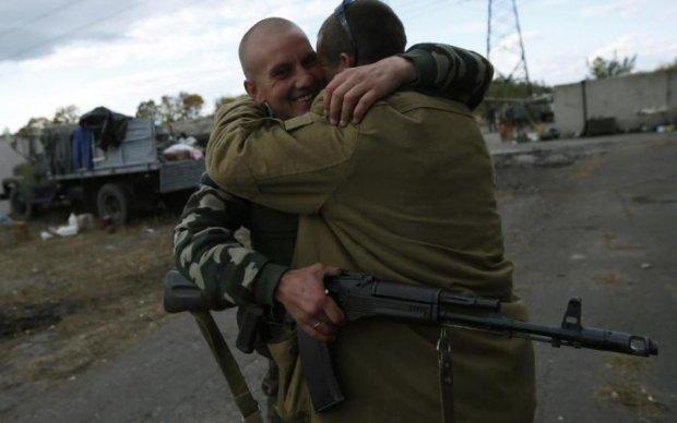 Форменный шантаж: почему Украина до сих пор не освободила заложников