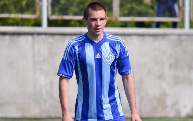 Півзахисник Динамо підсилив футбольний клуб Сталь