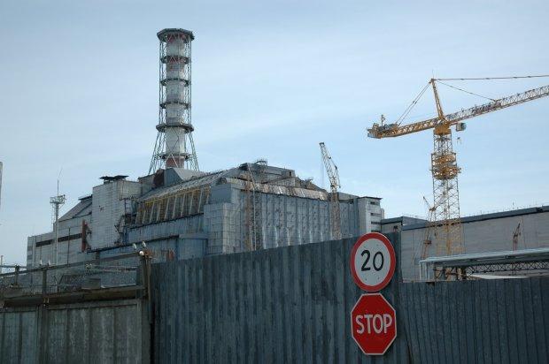 """В Чернобыле вновь запустили радиоактивный завод: """"Смертельно опасно"""""""