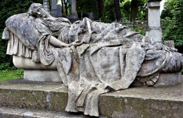 """Гробниця """"Леді з Викса"""", фото з вільних джерел"""
