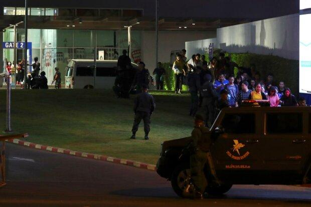 В Таиланде военный застрелил 26 человек через собственный дом, еще 57 ранены