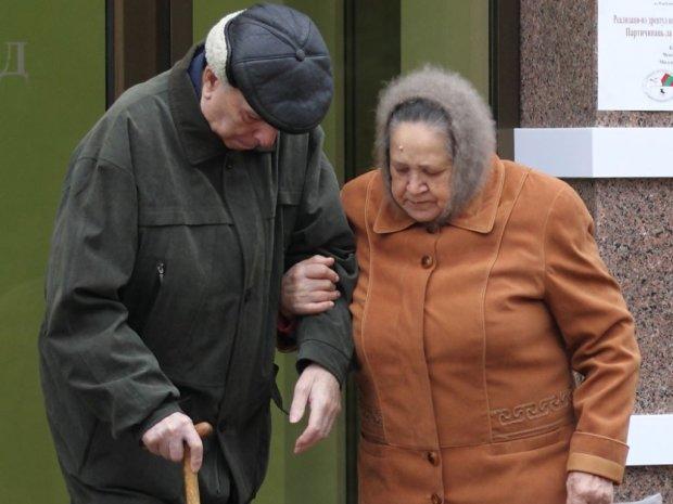 Українським пенсіонерам дадуть перед виборами за 2,4 тисячі гривень