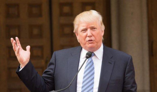 За неделю Трамп потерял рекордное количество сторонников