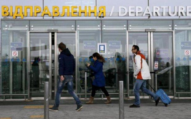 Понавыезжали: в Украине начался голод, кадровый