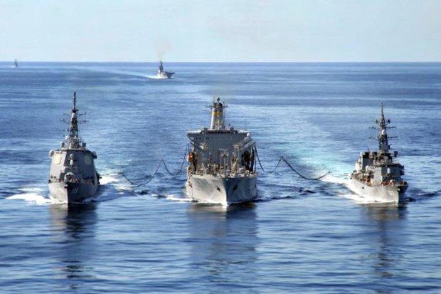 """Украинский флот отбил атаку """"диверсантов"""" в Азовском море: зрелищное видео"""