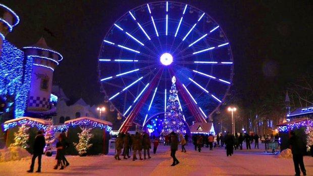 У Києві запустили новорічний трамвай щастя: загадайте бажання