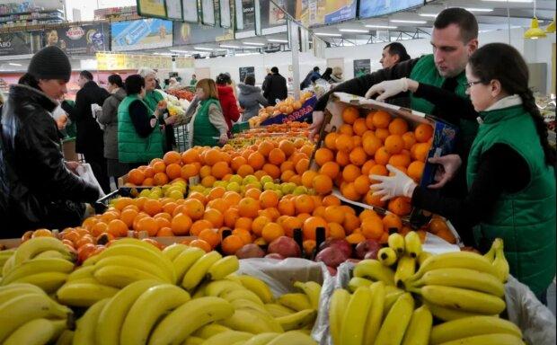 """Любимый фрукт украинцев оказался опасным лакомством, провоцирует целый букет болячек: """"Мыть обязательно"""""""