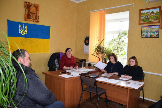 Депутаты Санжар восстали против украинцев и требуют вышвырнуть соотечественников