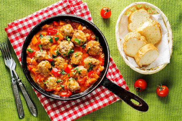 Фрикадельки в томатному соусі: найсмачніший рецепт