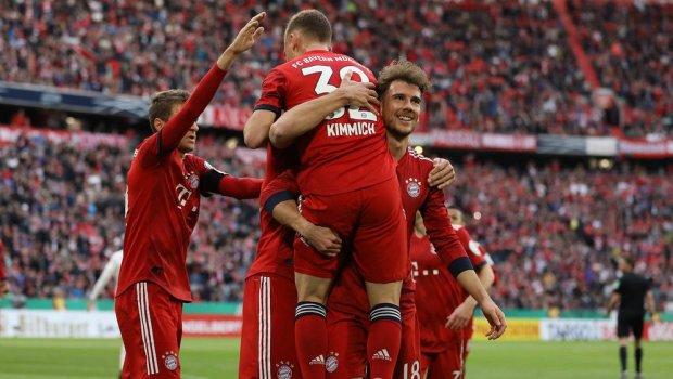 Баварія у фантастичному матчі дотиснула аутсайдера: дев'ять голів і рекорд