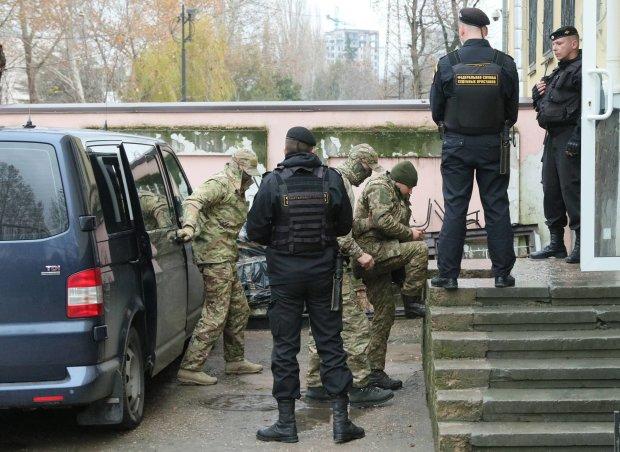 У Москві забули всі міжнародні норми, коли судили українських моряків: ще далеко не кінець