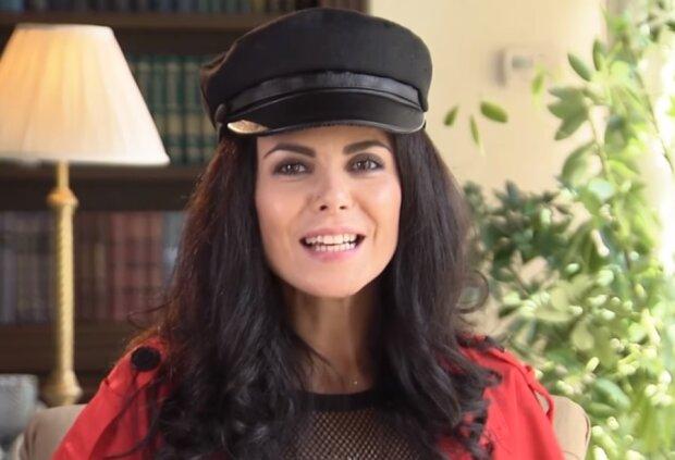 Настя Каменських, скріншот з відео