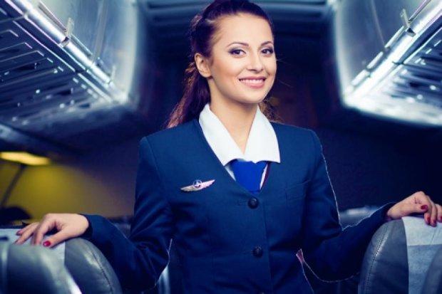 Российских стюардесс вооружат электрошокерами
