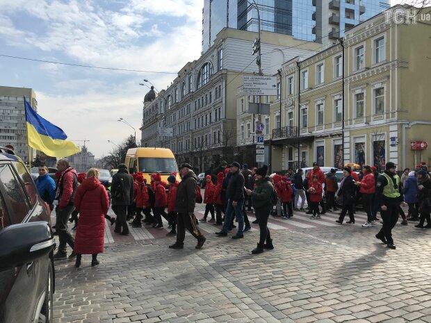 В Киеве против Кличко взбунтовались дети, что требуют юные спортсмены