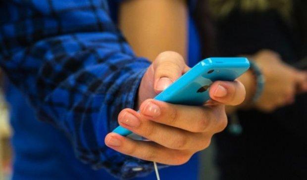 Фанати отримають новий 4-дюймового iPhone 6C вже у лютому (фото)