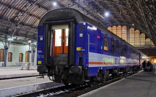 Залізнична ДТП під Львовом: перші подробиці