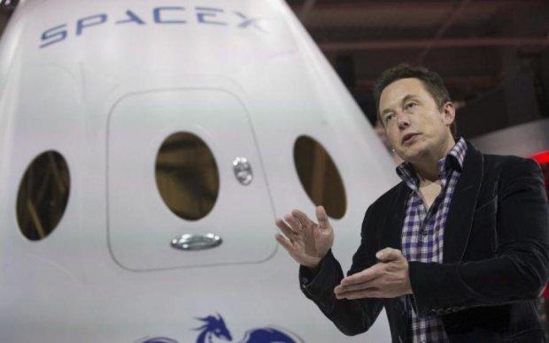 Маск отправит астронавтам сверхсовременный подарок