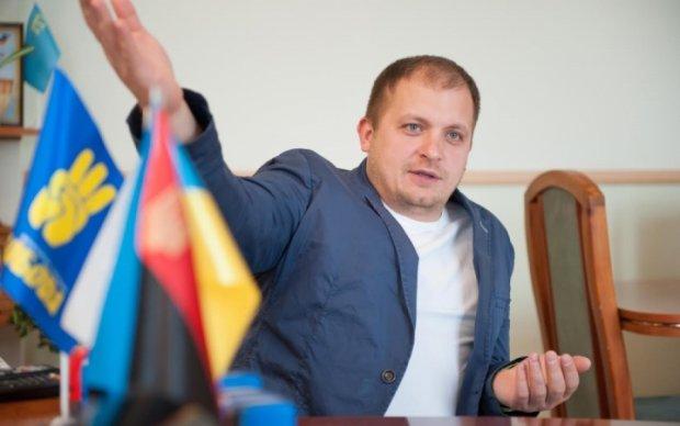 Мэр Конотопа устроил дебош во время обсуждения общественностью проблем города