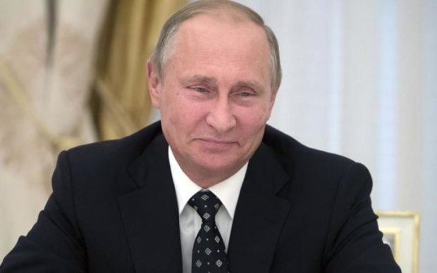 """Гіркін """"обплював"""" Путіна в день народження"""