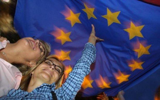 Как украинцы относятся к вступлению в Евросоюз: опрос