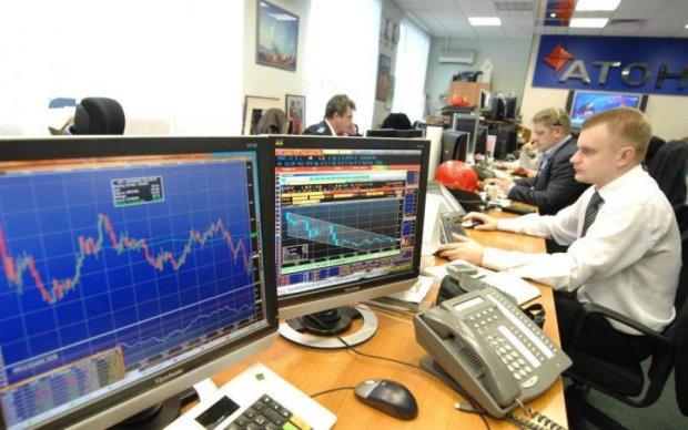 Російська біржа обвалилась слідом за нафтою