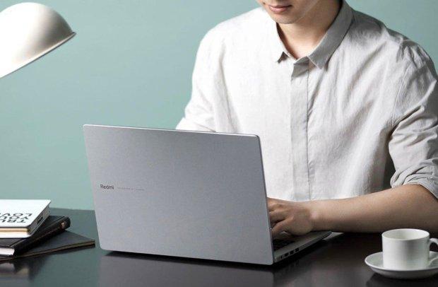 RedmiBook 14: копеечный ноутбук с флагманской начинкой