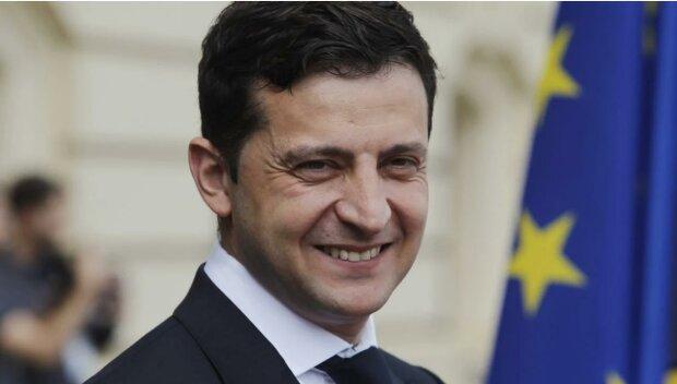 Зеленский хочет добывать янтарь и открыть казино: основные планы президента