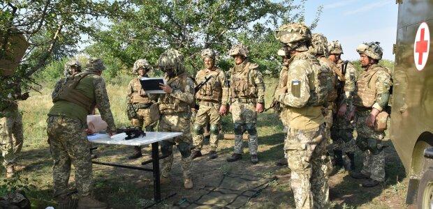 Украинские военнослужащие, фото: Facebook