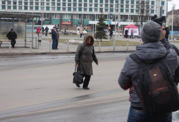 Пішоходи, фото: volynua.com
