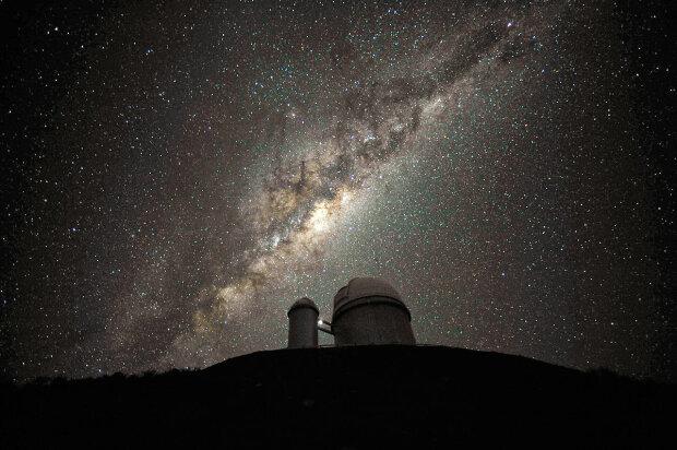 Фізики визначили масу Чумацького шляху: більша за Сонце в 1.5 трильйона
