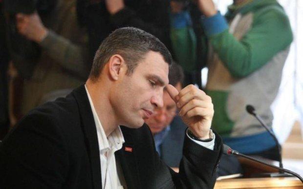 Як точка сидіння визначає точку зору в українській політиці