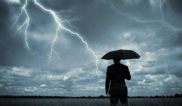 На Прикарпатье от удара молнии погибли двое человек