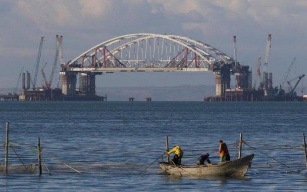 Кримський міст повстав проти окупантів, є жертви