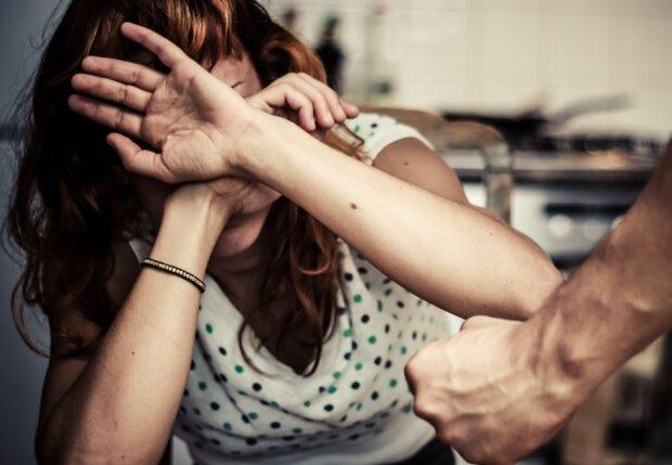 Домашнее насилие, РС