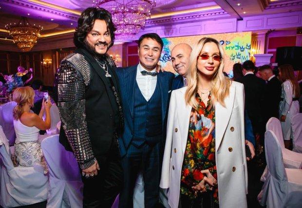 Українські зірки масово кинулися в Росію за музичною премією: перші фото