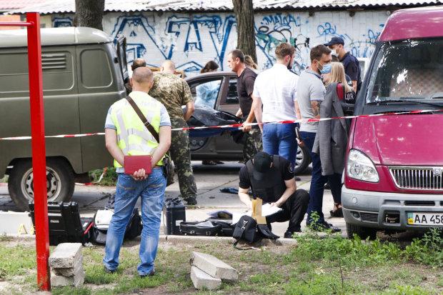 """У Києві знайшли труп, """"по горло"""" нашпигований наркотиками: фото 18+"""