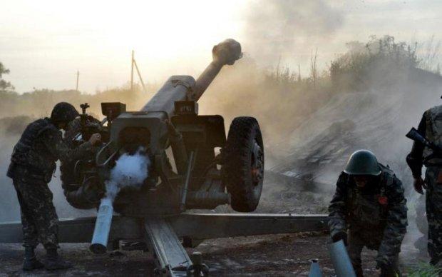 Бойовики ведуть шквальний вогонь по Авдіївці та Кримському