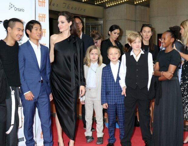 Кардашьян або рідні діти: Анджеліна Джолі поставила Бреду Пітту жорсткий ультиматум, подробиці