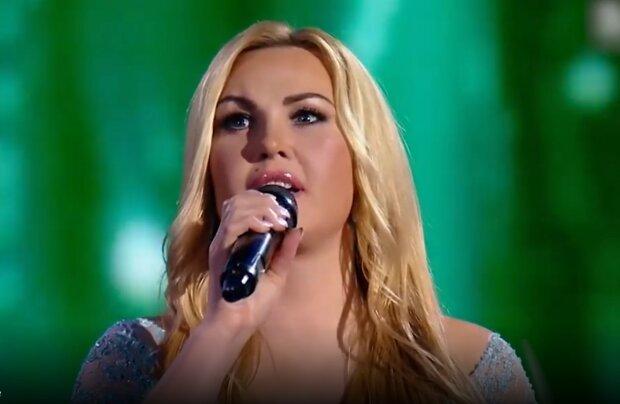 Дружина мільярдера Камалія повідала про важкий шлях до успіху: як вона стала співачкою і виграла конкурс краси