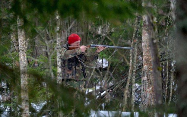 Когда звери закончились: дедушка-блогер открыл охоту на елку