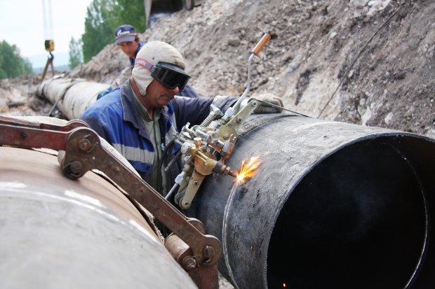 Перевірка на комунальну корупцію: куди ми переказуємо кошти за газ, світло та воду