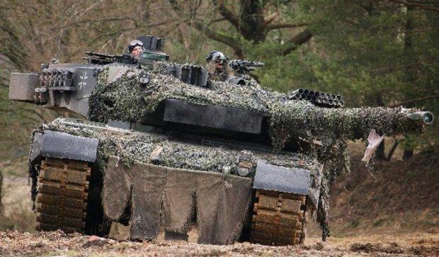 """Німеччина і Франція вирішили створити танк """"Леопард-3"""""""