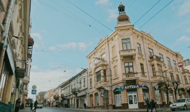 Черновчанам предлагают зарплату в 18 тысяч - срочно тащите резюме