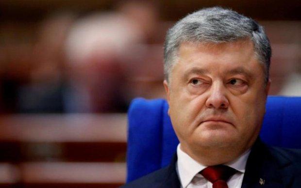Отменить договор о дружбе с Россией: Порошенко объяснил, что это значит
