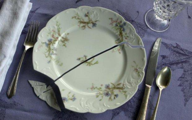Сам склеїться: можете забути про тріщини на посуді