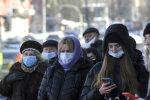 люди на вулиці, ілюстративне фото unian