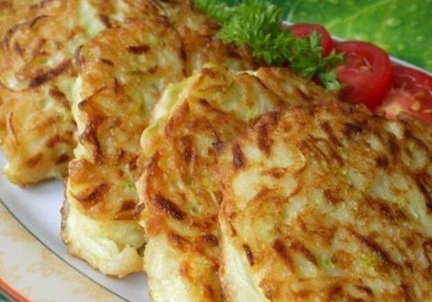 Кабачковые пирожки с мясом, фото: instagram.com/cooking_mag