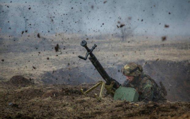 Боевики беспощадно обстреляли украинские позиции: четверо бойцов ранены